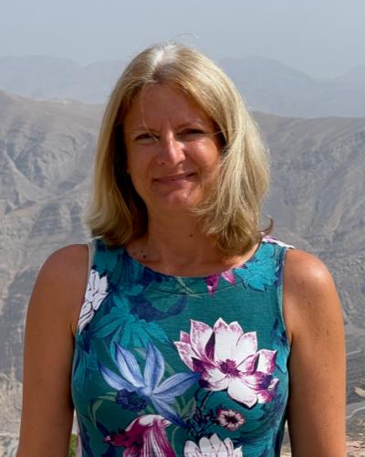 Angela Dus